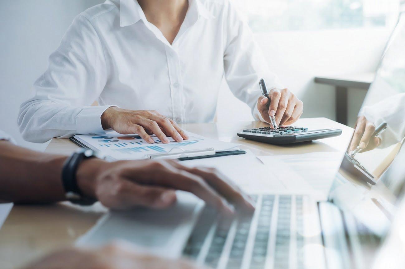Czy warto wziąć pożyczkę w parabanku?