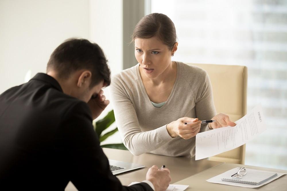 rozwiązanie umowy o prace bez wypowiedzenia
